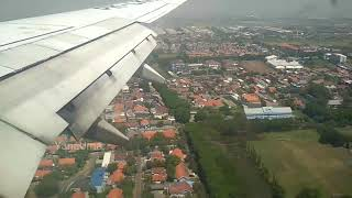 Bobotoh Sambut Kedatangan Tim Persib di Surabaya
