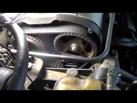Das Benzin der Motoren fiat doblo