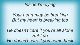 Barry Manilow - He Doesn't Care (But I Do) Lyrics_1