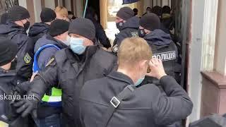 В Одессе  радикалы пытались сорвать марш за равные права женщин