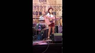 Laila S age 13 singing Mississippi Girl, Faith Hill