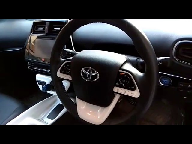 Toyota Prius E 2016 for Sale in Islamabad