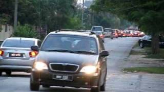 preview picture of video 'Bypassing Tujuan/Murni Traffic Junction (1)'