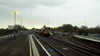 preview picture of video '43,097 Environment Agency and 66,102 at Twyford Station on 26-03-09'