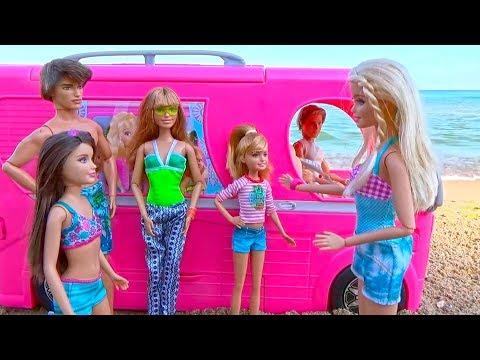 bajka Barbie i Ken wakacje nad morzem Auto utknęło Skipper pływamy