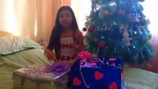 Распаковка новогодних подарков от мамы и папы !!!!!!!