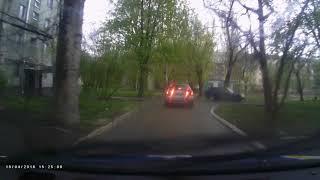 Погоня за водителем, сбившим в Запорожье трех женщин