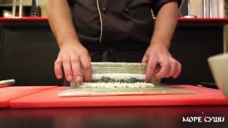 Смотреть онлайн Рецепт как сделать роллы с креветками и огурцом
