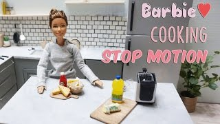 Barbie stop motion - miniature cooking : French fry & Grilled cheese sandwich