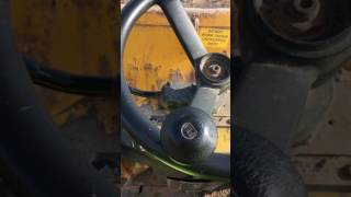 How to drive forward tipping dumper
