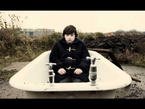 Alex Turner - Hiding Tonight