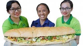 Bà Tân Vlog - Làm Cái Bánh Mì Kẹp Trứng Đà Điểu Siêu To Khổng Lồ | Giant Egg Sandwich