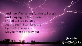 Thunder - Boys Like Girls (Lyrics)