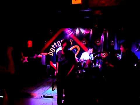 sigarilyo ni pepe live at Bottoms Up Bar (Jan.17,2011)
