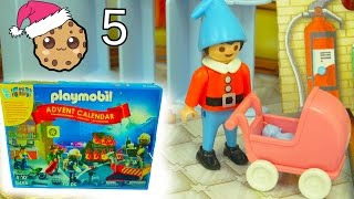 New Baby? - Playmobil Holiday Christmas Advent Calendar - Toy Surprise Blind Bags  Day 5