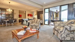 preview picture of video 'Central Wellington Apartment - Holiday Rental'
