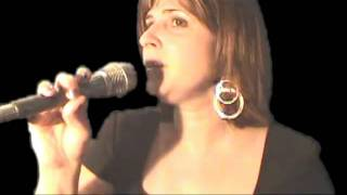 Vivian with John Bauer Group singing Asi es la Vida
