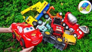 Crane truck, lightning mcqueen car, dunp truck, excavator toy for kids - Kid Studio