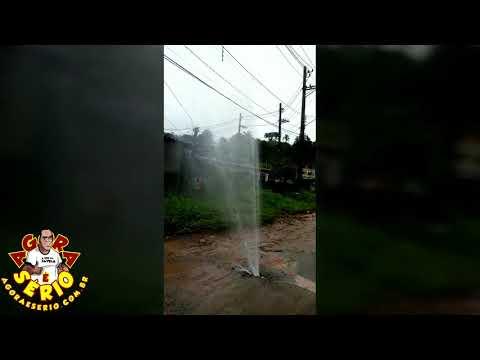Vazamento no retorno da Favela dos Brancos
