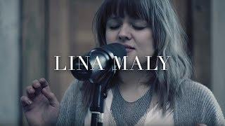 "Video thumbnail of ""Lina Maly - Schön genug (Live Akustik Video)"""