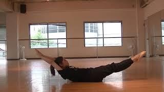 宝塚受験生のダンス講座~ダブルレッグストレッチ~のサムネイル
