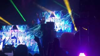 Tritonal- Untouchable live