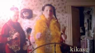 Sandra Bullock - Dance Your Life Away