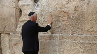 Women 'penned off' behind male colleagues during Mike Pence's visit to the Western Wall
