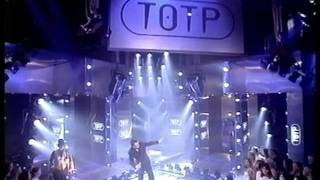 Suggs - I'm Only Sleeping - Top Of The Pops  - Thursday 10th August 1995