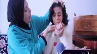 والدة الطفلة آية رحيم تحكي معاناة إبنتها مع مرض نادر وتدعو الوزارة الوصية بالتدخل العاجل