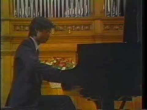 Pianista w kokursie