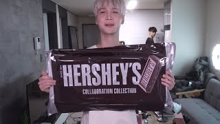 Trying the Hershey's makeup collection - Edward Avila