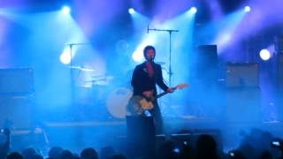 Johnny Marr - Panic (The Smiths) + The Right Thing Right - 19-06-2015 Santiago de Chile