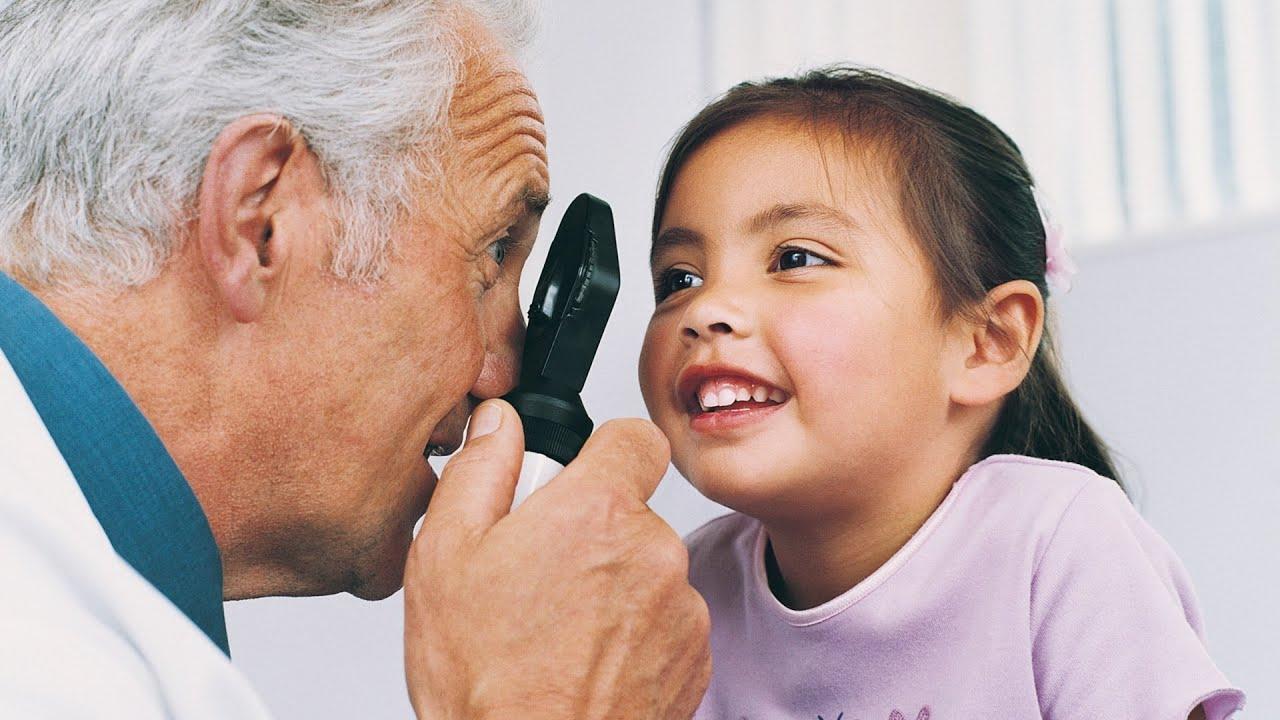 Síntomas de la hipermetropía en los niños