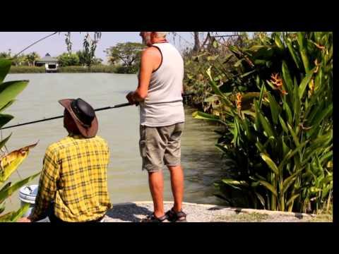 Martin Bowler fisker siamesisk karpe, rødhalet malle og arapaima i Thailand