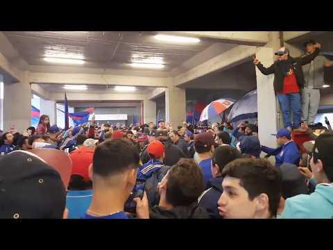 """""""PREVIA LOS DE ABAJO - Dicen que estamos mal de la cabeza - U de chile vs ohiggins"""" Barra: Los de Abajo • Club: Universidad de Chile - La U"""