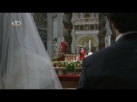 Célébration de mariages présidée par le pape François