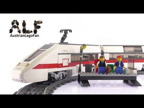 Vidéo LEGO City 7897 : Le train de passagers