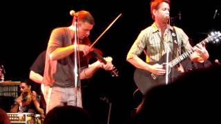 Jesse Spencer playing the fiddle really fast with the Band From TV