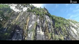preview picture of video 'Eksotis nya pemandangan batu dinding di kabupaten mahakam ulu kaltim'