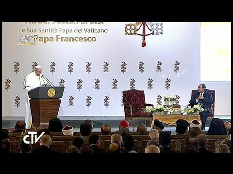 Le Pape François rencontre les autorités égyptiennes