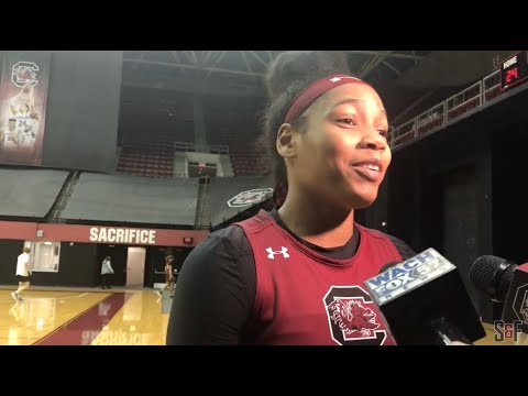 Dawn Staley gives Aliyah Boston impressions; Zia Cooke talks about homecoming