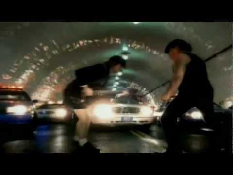 LETRA SAFE IN NEW YORK CITY EN ESPAÑOL - AC/DC - musica.com