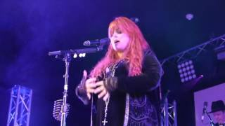 Wynonna ~ No One Else On Earth ~ The Cave ~ Big Bear, CA ~ 06/18/2016