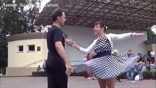 Красиво танцуют под песню ЭТИ ГЛАЗА НАПРОТИВ! Music! Dance!