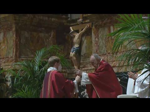 Βατικανό:Ο Πάπας Φραγκίσκος χοροστάτησε τις προσευχές της Μεγάλης Παρασκευής με μειωμένο κοινό