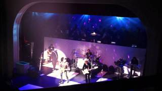 Cheap Trick - Walk Away + Yeah Yeah - Milwaukee WI - Nov 5 2011