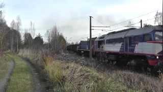 preview picture of video 'SŁAWKÓW - pociągi towarowe i luzaki'