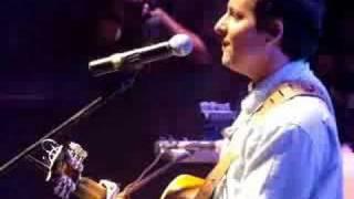 "Josh Rouse - ""Givin' It Up"" @ Mada 2008"