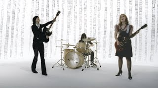 Sleater Kinney   Jumpers [OFFICIAL VIDEO]